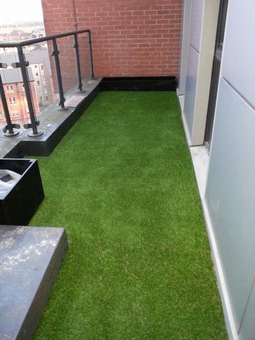 Trang trí ban công, nhà ở nên dùng loại cỏ nào? 2