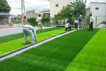 Quy trình thi công sân cỏ nhân tạo – Quy trình làm sân cỏ nhân tạo