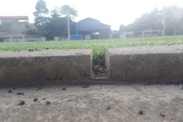 Giải pháp khi sân cỏ nhân tạo bị ngập vào mùa mưa