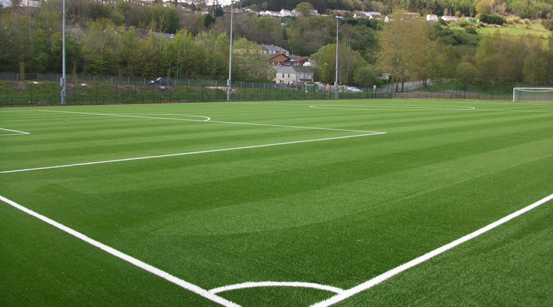 Những yếu tố ảnh hưởng đến giá cỏ nhân tạo sân bóng 1