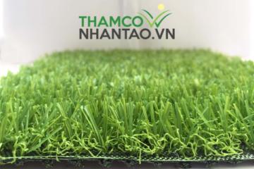 Giải đáp thắc mắc cỏ nhân tạo sân bóng làm từ chất liệu gì?