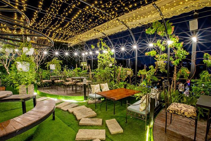 Quán cafe sân vườn 1