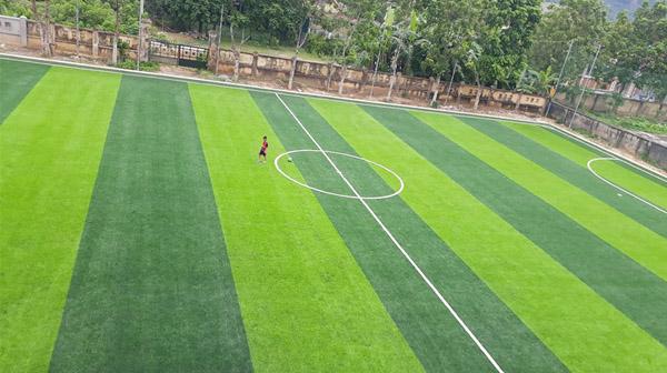 Vai trò của việc nghiệm thu sân bóng cỏ nhân tạo là gì? 1